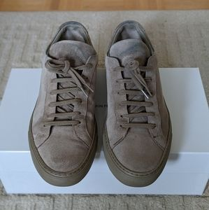 COMMON PROJECTS Achilles Low Taupe Suede (41)